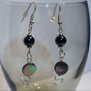 🆕 NWT Mother of Pearl Handcrafted Earrings!!!